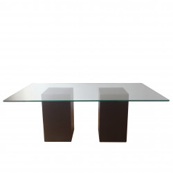 CLAU - dining table